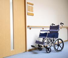 バリアフリーで車いすの方も診療が可能です。